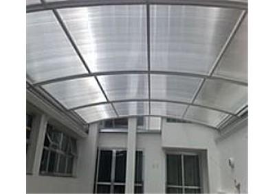 Cobertura de plastico para telhado